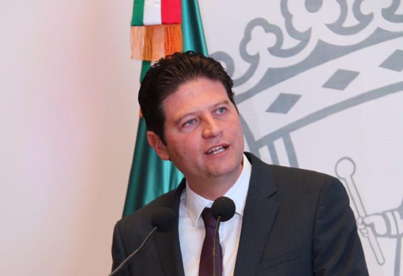 El alcalde moreliano se pronunció por que en México haya una democracia más legítima y menos onerosa