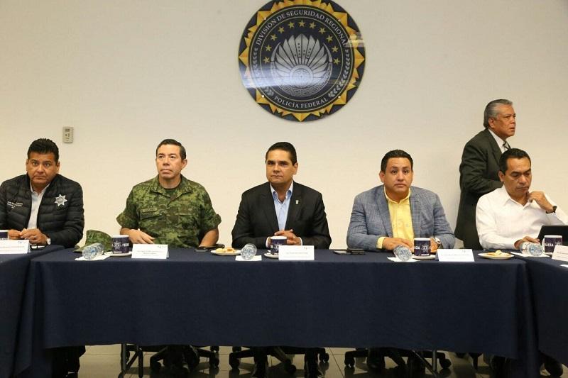 Durante esta reunión se informó sobre los resultados que en materia de seguridad, se han obtenido en los diversos operativos establecidos en la región Uruapan del 22 al 28 de marzo