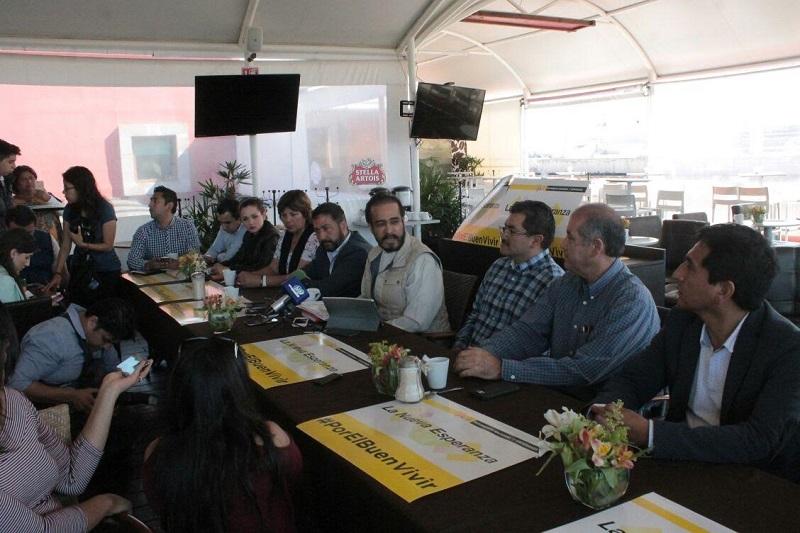 René Bejarano inició la semana pasada una gira por los 24 distritos electorales de Michoacán, en los que dice haber promovido la unidad de las izquierdas rumbo a los próximos comicios