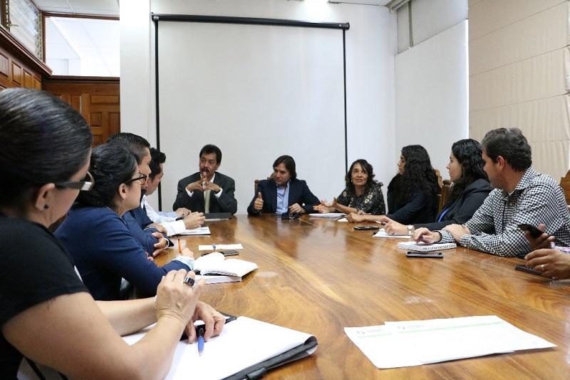 En la reunión participaron representantes de las secretarías de Desarrollo Metropolitano e Infraestructura, de Efectividad e Innovación Gubernamental, de Servicios Públicos, de Desarrollo Económico y Emprendedor y de Turismo
