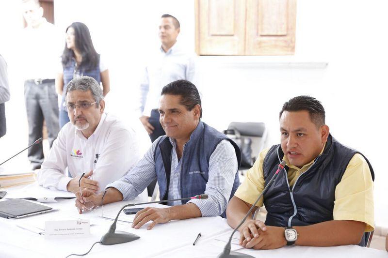En su mensaje, Silvano Aureoles reveló que Uruapan contará con un Hospital Materno Infantil, en el que se destinarán 180 millones de pesos