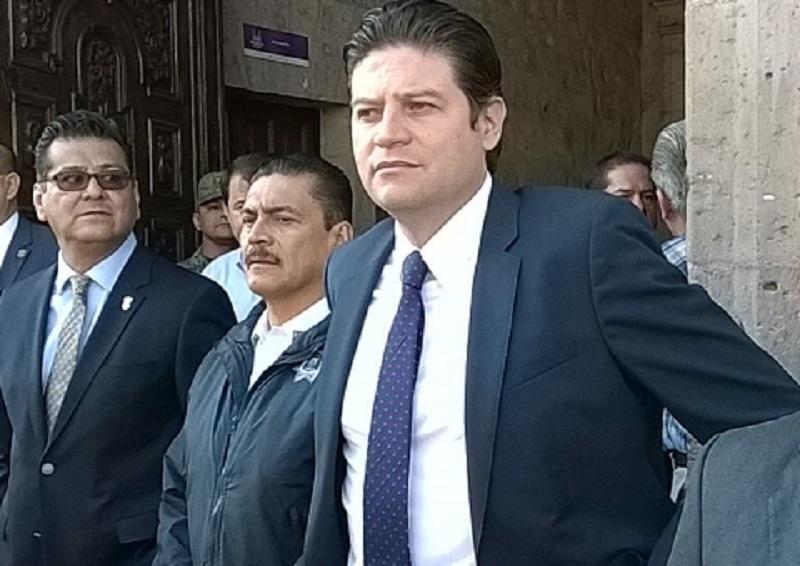 El alcalde concluyó destacando que hubo respeto por parte todas las autoridades, lo que proyecta que la coordinación entre estas, se dará en buenos términos para coordinar la estrategia de seguridad para Morelia (FOTO: Mario Rebollar)