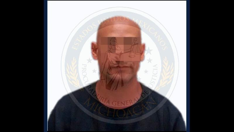 El agente del Ministerio Público solicitó la respectiva orden de aprehensión y detuvo al imputado con el apoyo de las autoridades de la Fiscalía General del Estado Nayarit, donde Carlos B. fue procesado por delitos federales
