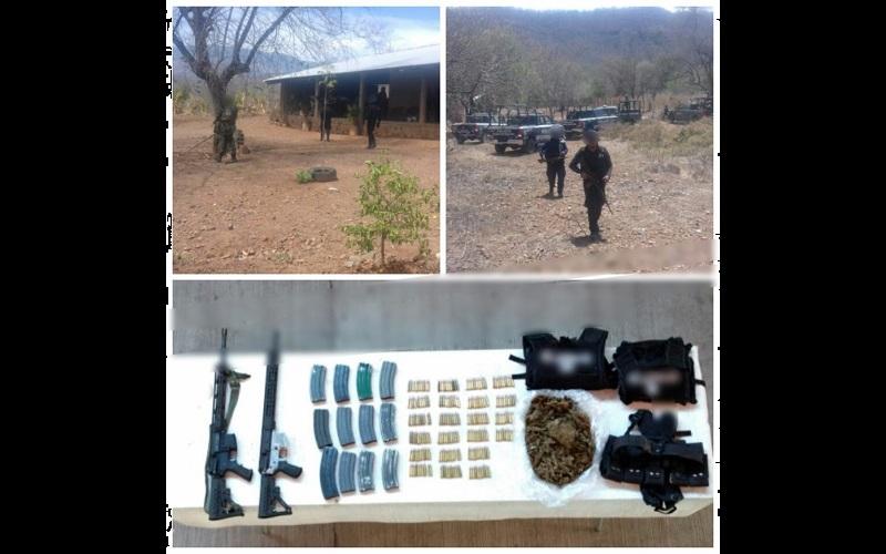 Las armas, los cartuchos, los cargadores, el equipo táctico y las fornituras quedaron a disposición de la autoridad competente