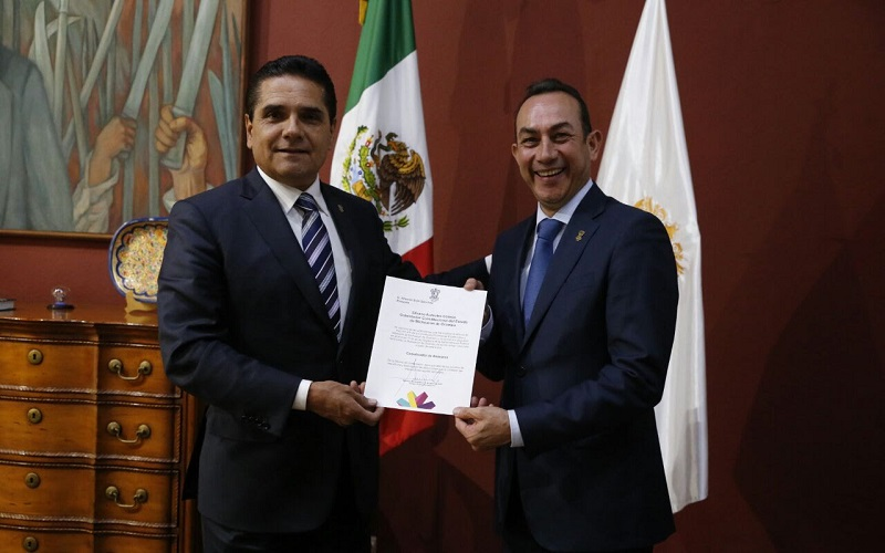 El mandatario estatal pidió al nuevo coordinador de asesores, el mantener una estrecha comunicación, coordinación y vinculación con todas las áreas del Poder Ejecutivo, para materializar los proyectos que se emprendan en beneficio de las y los michoacanos