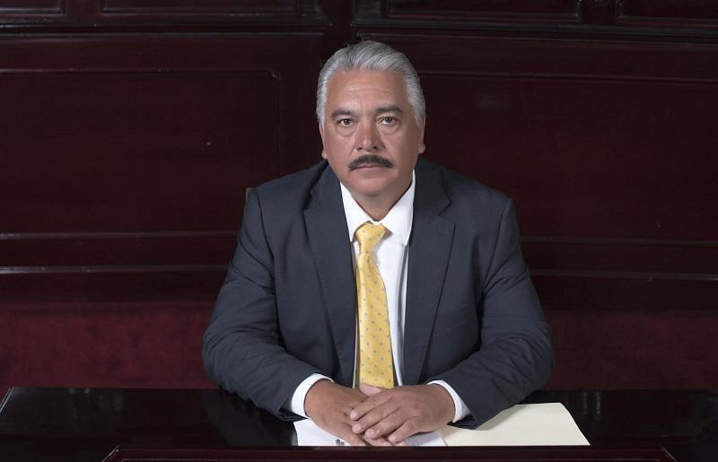 Hinojosa Campa refrendó su compromiso de apoyar en todas las acciones y determinaciones que sean para el desarrollo de Michoacán en los diversos rubros, como lo es el sector salud