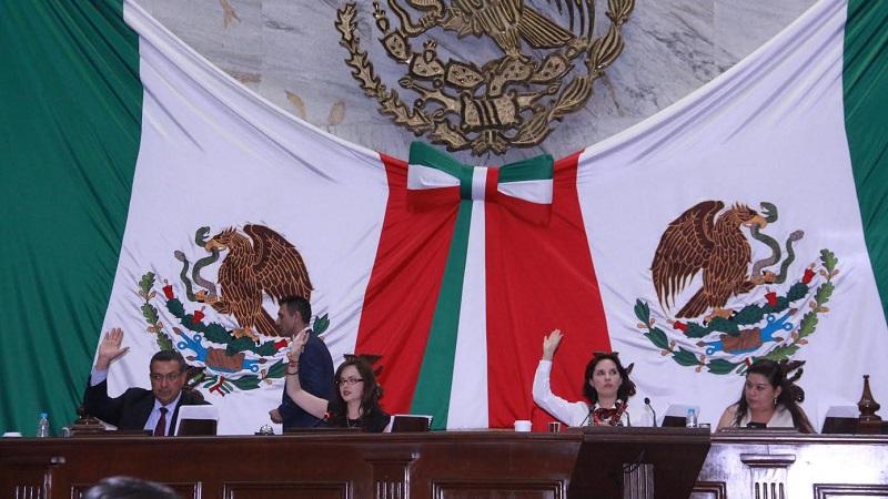 El Poder Legislativo sienta las bases para asegurar el reconocimiento, protección, promoción y vigilancia de los derechos de las mujeres,  así como para garantizar el derecho a la igualdad de oportunidades en el acceso a cargos públicos