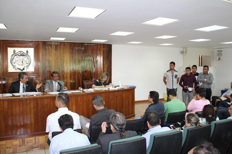 En un acto de apertura y transparencia, el cuerpo colegiado escuchó a representantes de la Coordinadora de Universitarios en Lucha