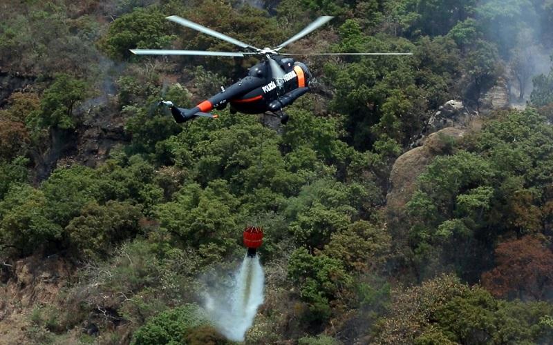 La aeronave ha apoyado a brigadistas en zonas de difícil acceso en municipios como Zamora, Tangancícuaro, Uruapan, Zacapu, Nahuatzen y Ziracuaretiro
