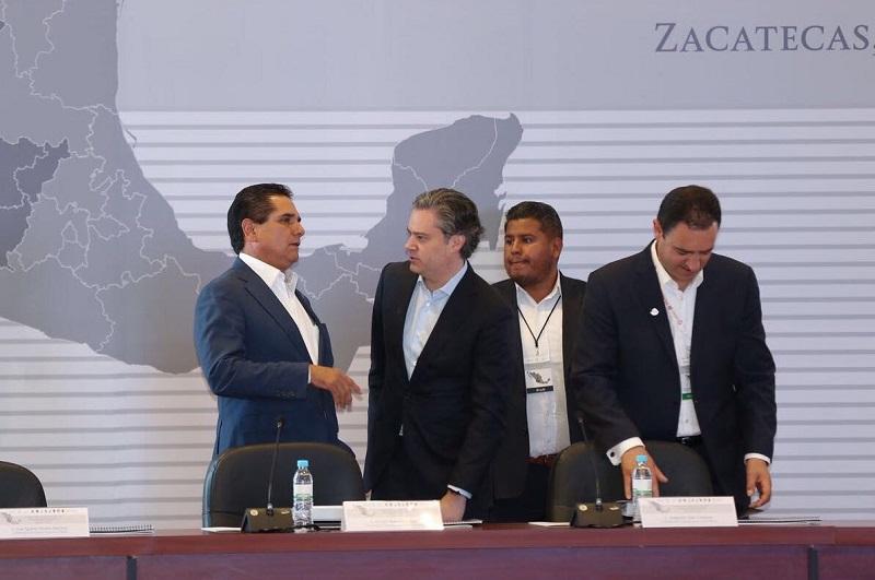 Aureoles Conejo se pronunció por formular una estrategia única para impulsar el Nuevo Modelo Educativo, que tenga un alcance de al menos dos décadas