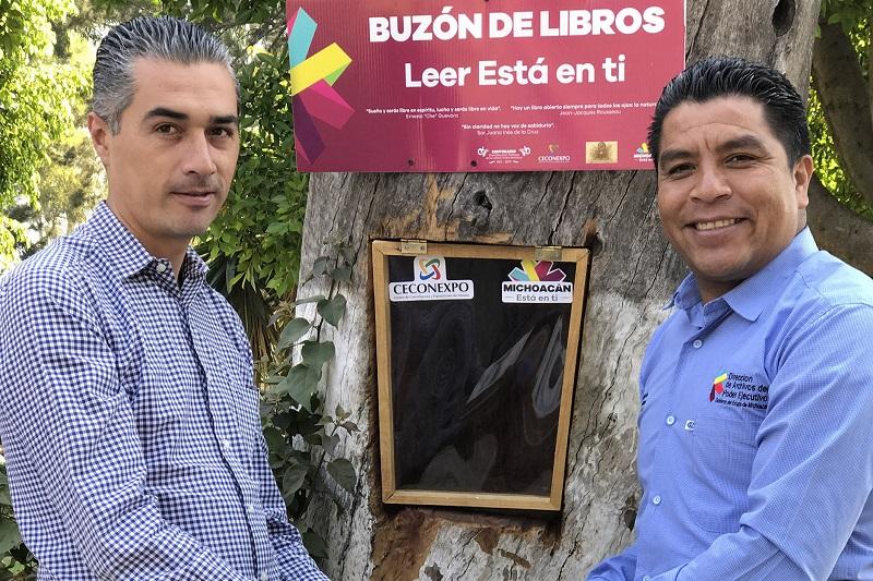 El director general del Ceconexpo, Oscar Celis Silva, agradeció la colaboración del titular del Archivo Histórico del Gobierno de Michoacán, Ulises Romero Hernández