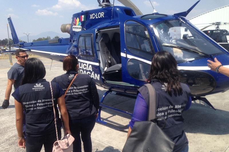 En coordinación con equipos de rescate y voluntarios, se apoyó en las labores de atención y traslado de algunos lesionados a hospitales para su atención médica