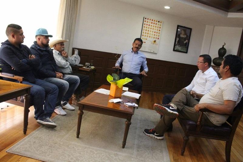 A la par, se privilegia el diálogo con los productores para encontrar alternativas que ayuden a prevenir una crisis por escases de agua en Michoacán