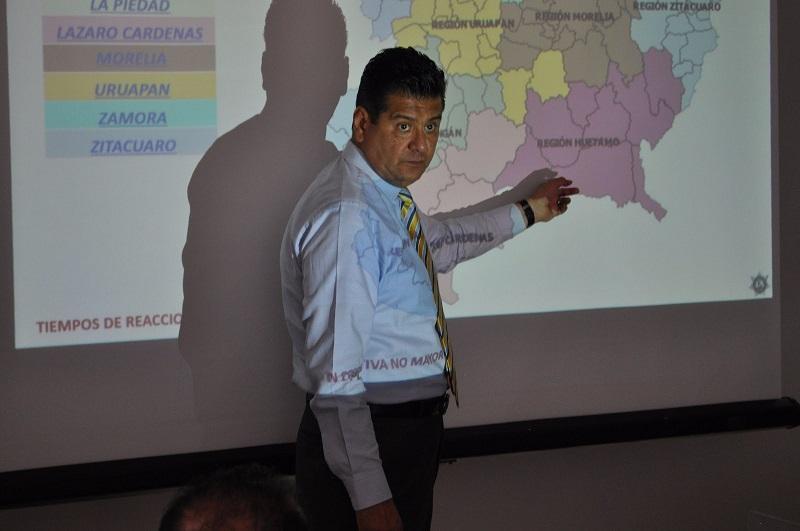 Corona Martínez mencionó que se tienen casi listos seis cuarteles regionales que se estarán entregando en los próximos meses, lo que permitirá disminuir el tiempo de respuesta para las emergencias en las localidades