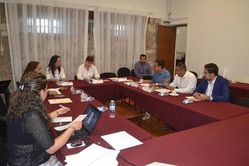 Durante el encuentro, la congresista mostró su interés por coadyuvar en mantener la comunicación necesaria para lograr que, en poco tiempo, se pueda hacer la declaratoria de la Zona Económica Especial en Michoacán