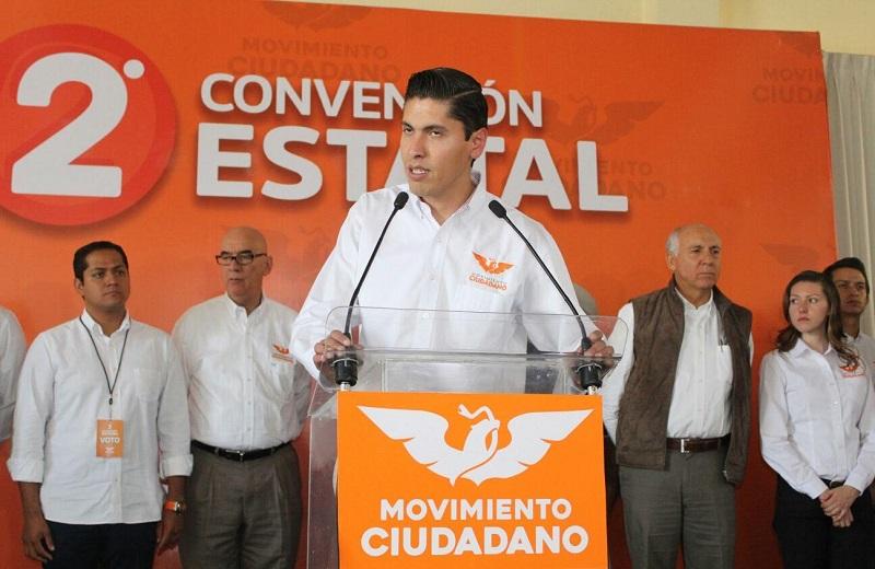 Paredes Andrade reconoció el trabajo que realizó el dirigente saliente, Daniel Moncada Sánchez, durante los cuatro años que estuvo al frente, representando dignamente a Movimiento Ciudadano y conquistando la confianza de la ciudadanía en general (FOTO: MARIO REBOLLAR)