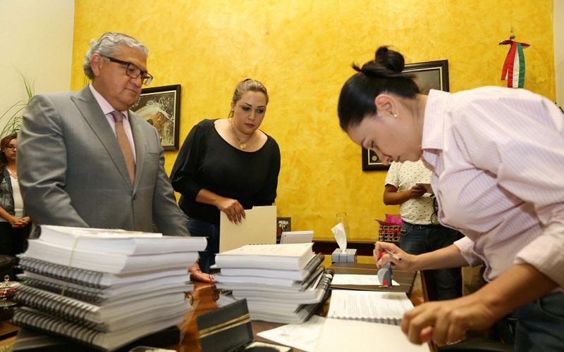 Con lo anterior, se da cumplimiento con lo dispuesto en el artículo 60 fracción VIII de la Constitución Política del Estado Libre y Soberano de Michoacán de Ocampo