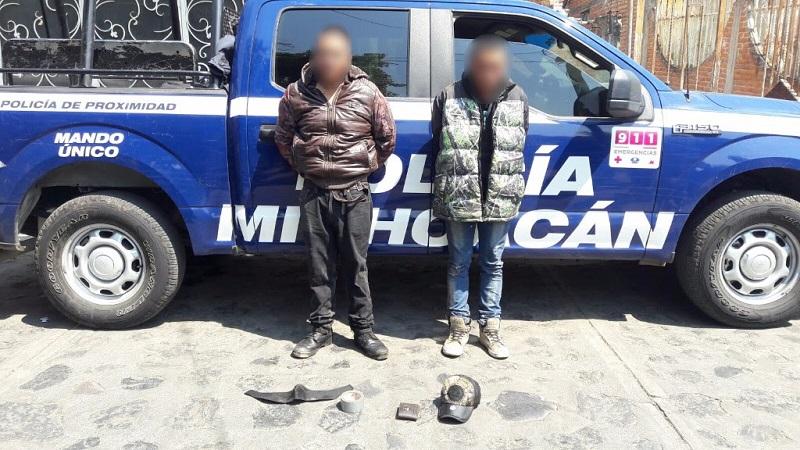 La víctima fue auxiliada por personal paramédico debido a los golpes que presentaba, mientras que de la detención se dio parte a las autoridades competentes para efectuar las indagatorias de ley