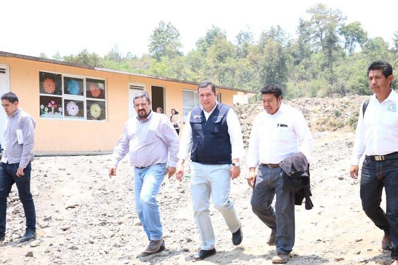 Barragán Vélez también sostuvo una reunión de trabajo en la que se abordaron temas relacionados con la mejora del plantel, el cual beneficiará de manera directa a los alumnos de la institución y también a las futuras generaciones
