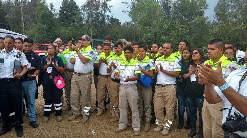 Durante 3 días se llevaron a cabo al interior del balneario el Reino de Atzimba, en Zinapécuaro, talleres conferencias y prácticas referentes a las actividades bomberiles de los asistentes
