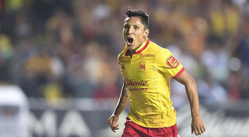Oficialmente culminó como goleador de los dos torneos cortos de la Liga MX (2016-2017) con 20 goles. En el Apertura, Ruidíaz había marcado 11 goles con la camiseta del Monarcas
