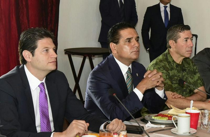 Encabeza el gobernador de Michoacán la reunión con el Grupo para la Seguridad Local de Morelia