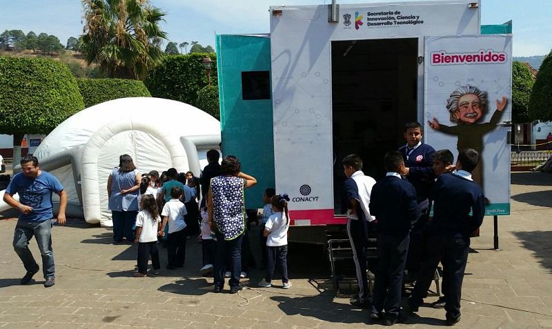 La Caravana de la Ciencia saldrá nuevamente al interior del estado el próximo 17 de mayo para presentarse en el municipio de Álvaro Obregón, y el 18 y 19 de mayo en Los Reyes