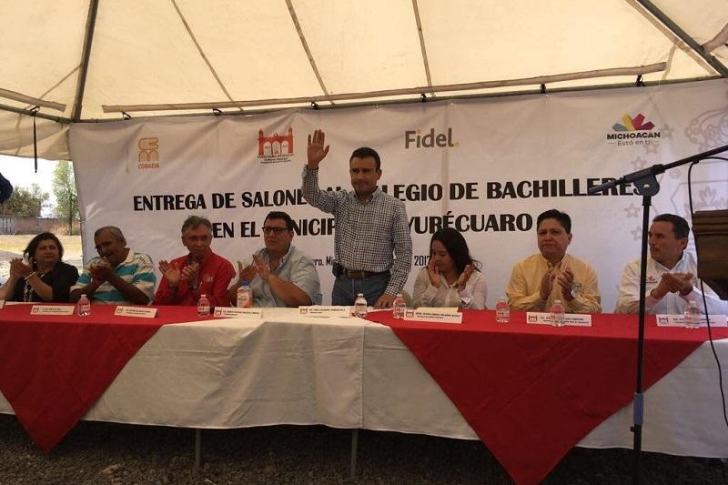 Calderón Torreblanca advirtió que la educación es la solución y salida a la mayoría de los problemas de México, por eso el estado mexicano debe darle un trato de prioridad nacional