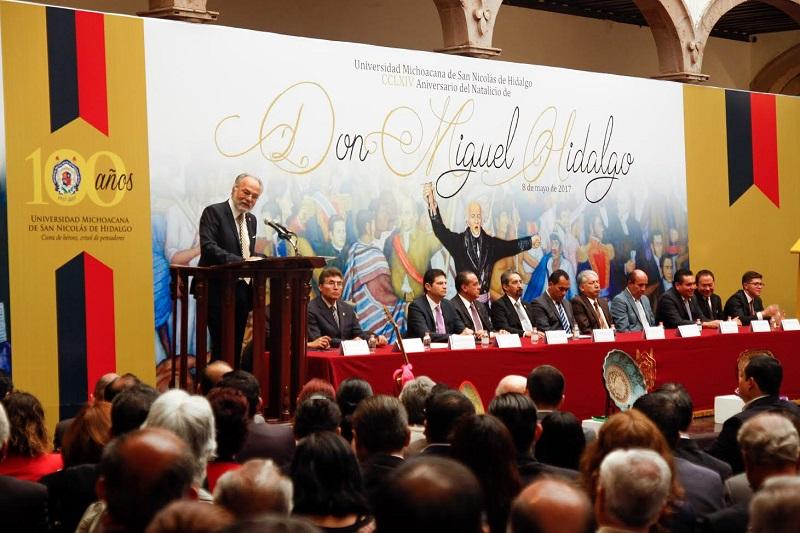 Orozco Henríquez fungió como orador oficial del Acto Conmemorativo del CCLXIV Natalicio de Don Miguel Hidalgo
