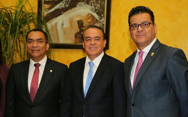 El diputado Presidente de la COPECOL puntualizó que una de las medidas urgentes ha sido atender el tema de los feminicidios mediante acciones enmarcadas en la Alerta de Violencia de Género en Michoacán