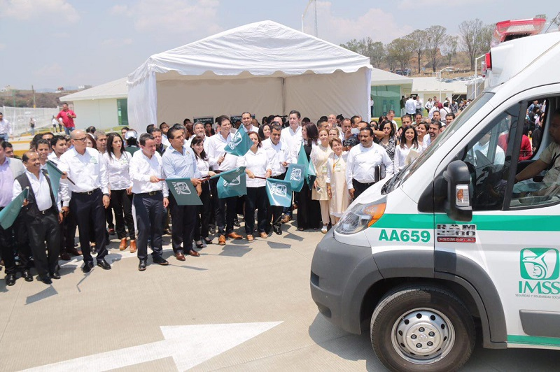 Destacó que el Ayuntamiento de Morelia hace lo propio al construir la Clínica Municipal Poniente, que brindará atención complementaria de salud
