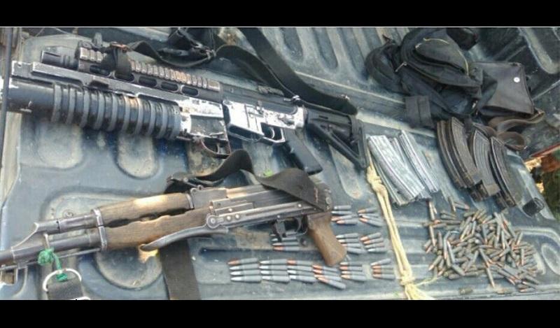 Las armas, cargadores, cartuchos y el aditamento fueron puestos a disposición de la autoridad competente, mientras que la Sedena y la SSP reforzaron el operativo de vigilancia en la zona para garantizar la seguridad de la población
