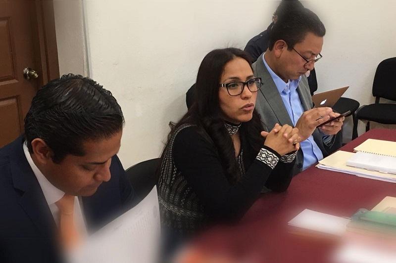 Bernal Martínez reiteró su compromiso fraterno con cada maestra y maestro, y dijo que el Partido del Trabajo los ha acompañado en su lucha y seguirá estando a su lado porque son un gremio que merece todo el reconocimiento por su ardua labor y no criminalizados