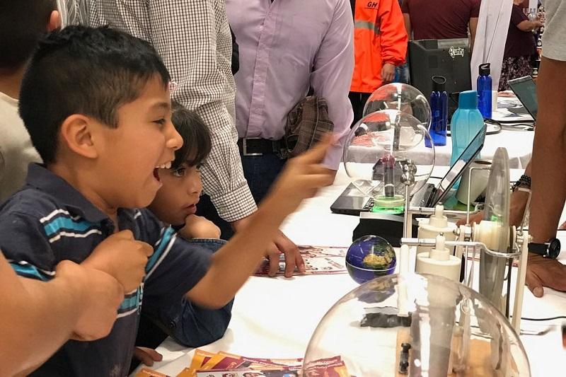Montañez Espinosa recordó que entre los talleres ofrecidos hasta la fecha destacan los de equipos de robótica, hidráulica, electricidad, tecnologías para el campo, juegos, retos y competencias didácticos, desarrollo de habilidades y destrezas, entre otros
