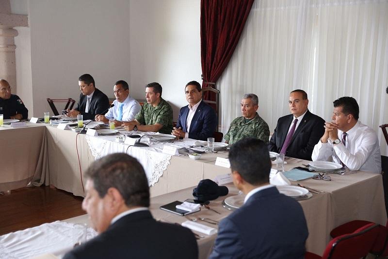 En la reunión las autoridades intercambiaron información para reforzar las acciones de búsqueda del periodista Salvador Adame