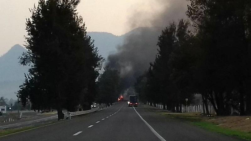 La Policía Federal, el Ejército Mexicano y la Policía Michoacán patrullan el estado, pero hasta el momento no han logrado frenar estas acciones de la delincuencia organizada