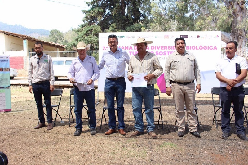 La número 49 es un reservorio ecológico de la comunidad Cañada del Agua, en Indaparapeo, y la número 50 para Rancho El Limón, donde se produce el mezcal de Don Emilio Viera, en el municipio de Morelia; ambas ubicadas en la zona de recarga para el Lago de Cuitzeo