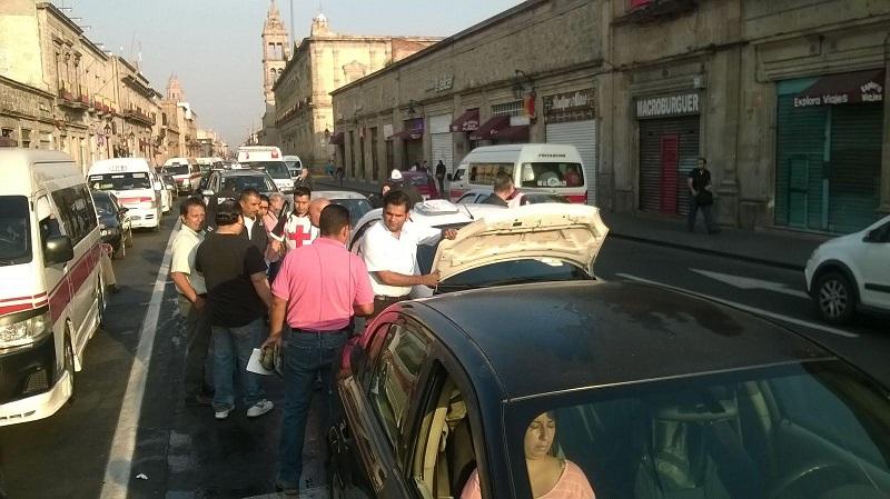 La emergencia fue atendida por una ambulancia de la Cruz Roja Mexicana (FOTOS: ABUNDIO MOLINERO)