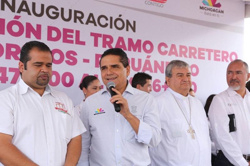 """Aureoles Conejo y toma protesta a Consejo Ciudadano para el Desarrollo Integral de este municipio; """"vamos a sentar las bases para que Puruándiro se desarrolle y crezca"""", afirma"""