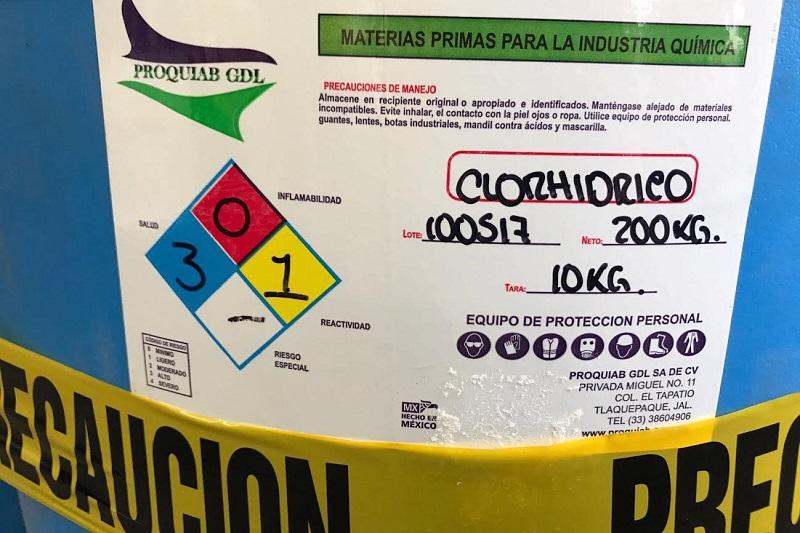 Los tres tambos con capacidad de 200 litros cada uno fueron puestos a disposición de las autoridades correspondientes para iniciar la carpeta de investigación