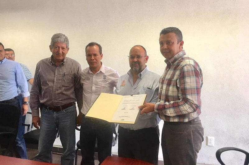 Rubén Medina Niño destacó que se continuará dialogando con productores de granos y otros productos y con diferentes empresas para que puedan adquirir productos a un precio justo para los productores michoacanos