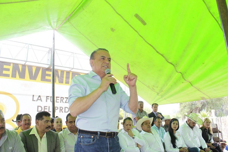 Cabe señalar que durante la gira de trabajo el legislador sostuvo una reunión con la militancia y simpatizantes del PRD, para celebrar el 28 aniversario del Partido de la Revolución Democrática