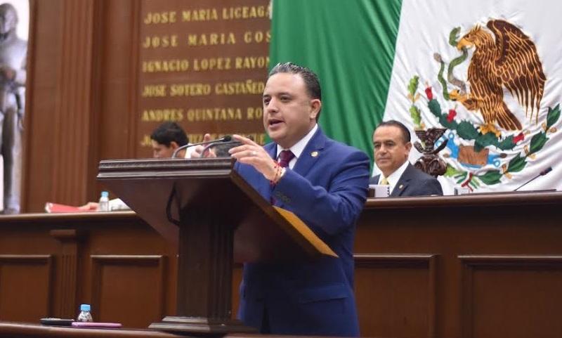 """Quintana Martínez, reconoció el dinamismo político y social que caracteriza al Poder Legislativo, por lo que el dictamen aprobado durante la sesión de este martes, """"es el producto final de un amplio análisis y discusión"""""""