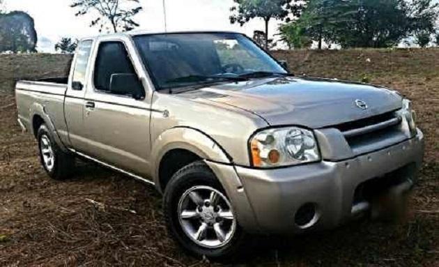 Se alertó a las autoridades locales y de los municipios vecinos para la localización del automotor y el asaltante