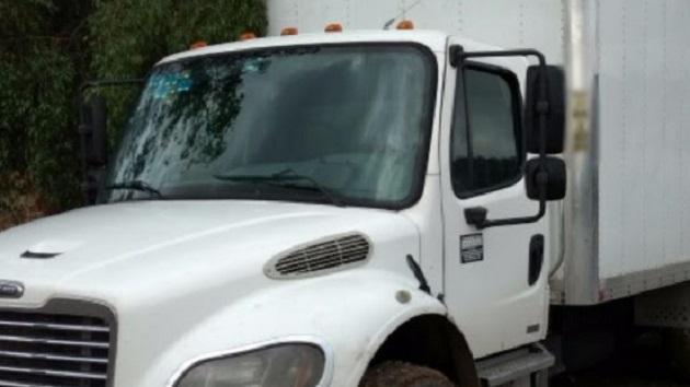 Los vehículos, armas, cargadores, cartuchos y droga fueron puestas a disposición de la autoridad correspondiente