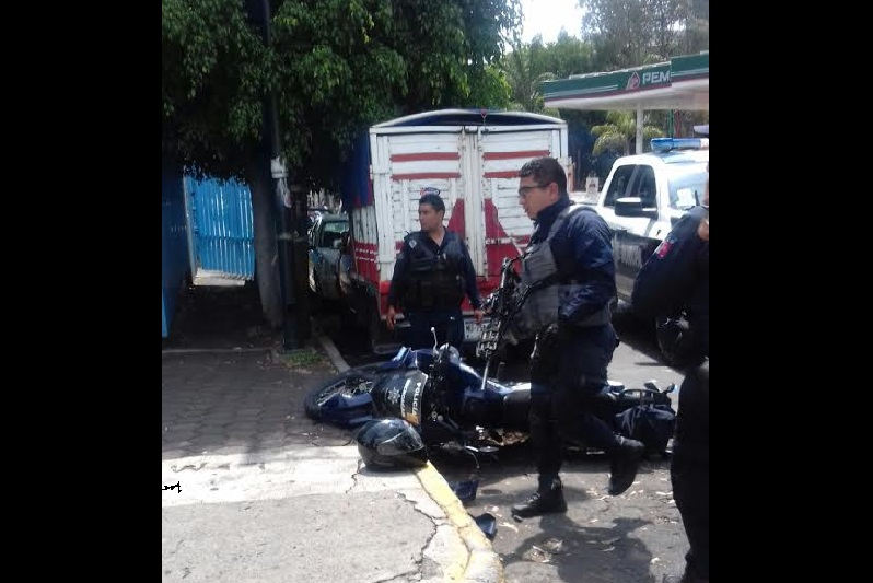 Se han vuelto frecuentes los accidentes en perjuicio de policías que tripulan motocicletas en Morelia (FOTOS: FRANCISCO ALBERTO SOTOMAYOR)