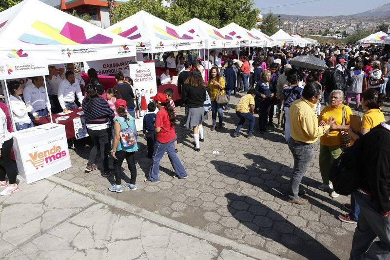 Este viernes 2 de junio la Caravana llegará a la Plaza Principal de Chiquimitío –ubicada sobre la calle José María Morelos y Pavón—donde desde las 15:00 horas las extensiones móviles de las dependencias estarán atendiendo a la población