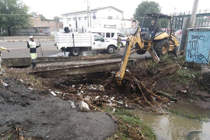José Luis Gil destacó que por mucha labor que hagan las autoridades del municipio para recolectar la basura de las calles, la situación se agrava cuando las personas siguen tirando los desechos en plena vía pública