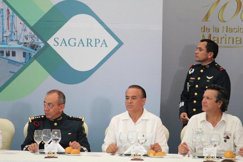 Sigala Páez destacó el trabajo de protección y preservación de los mares mexicanos, así como salvaguardar las Zona Económica Exclusiva, también denominada mar patrimonial, para que la explotación de los recursos que se encuentren en ella sea segura