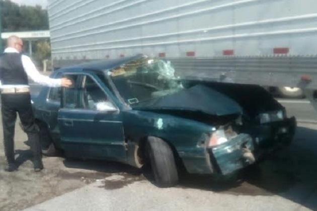 Autoridades correspondientes realizaron el peritaje del accidente y retiraron las unidades a un corralón oficial